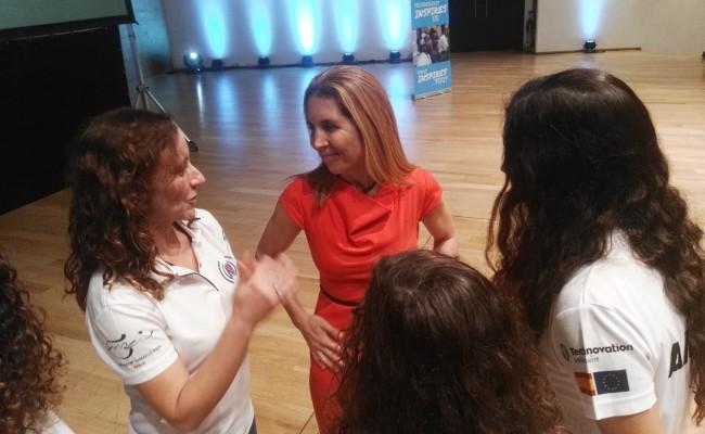 join-us-participa-en-la-jornada-girls4tech