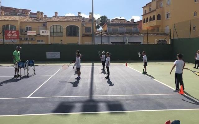 coneixem-el-club-de-tenis-de-xabia-i-lacademia-tenis-ferrer