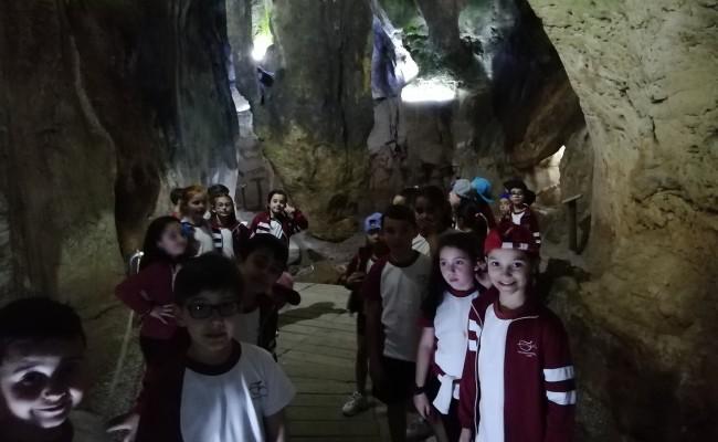 excursio-al-museu-del-fang-dorba-i-a-la-cova-de-les-calaveres-de-benidoleig